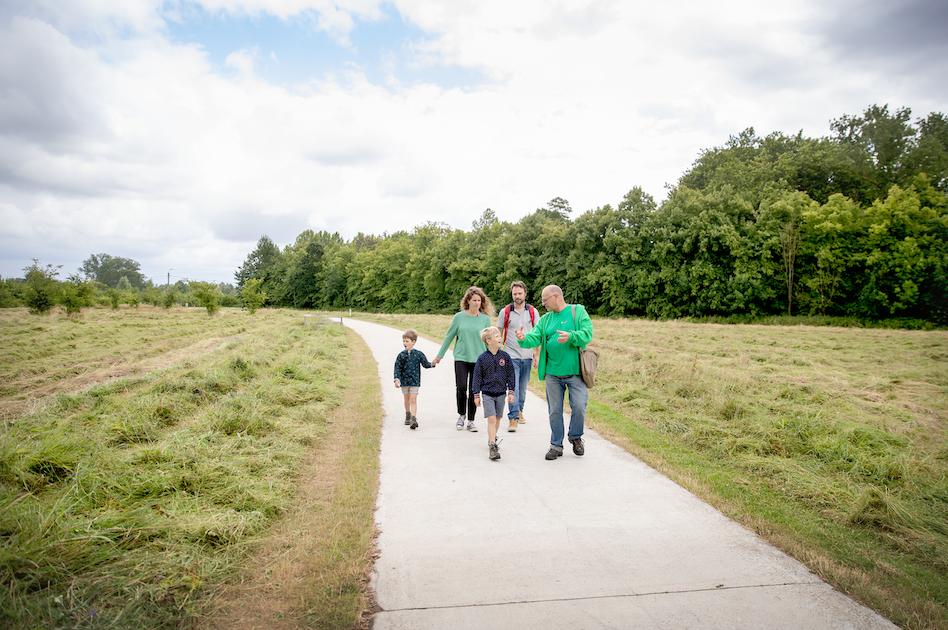 wandelen gezin gentbrugse meersen.png