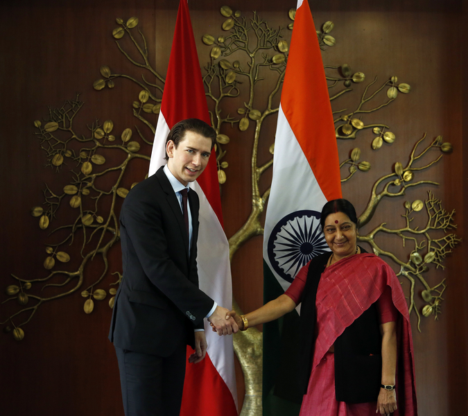 Arbeitsbesuch Indien. Bundesminister Sebastian Kurz trifft die indische Außenministerin Sushma Swaraj. New Delhi. 16.02.2016. Photo: Dragan Tatic
