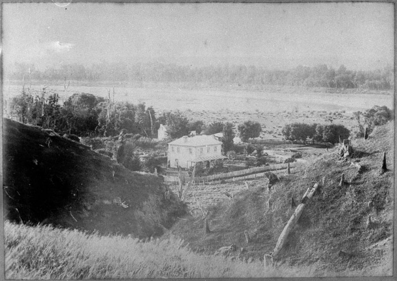 Figure 3: The farmhouse of Mr J O Batchelar, circa 1880. Reference: Patkaka Ipurangi 2010N_Bur86_3181, Ian Matheson City Archives.
