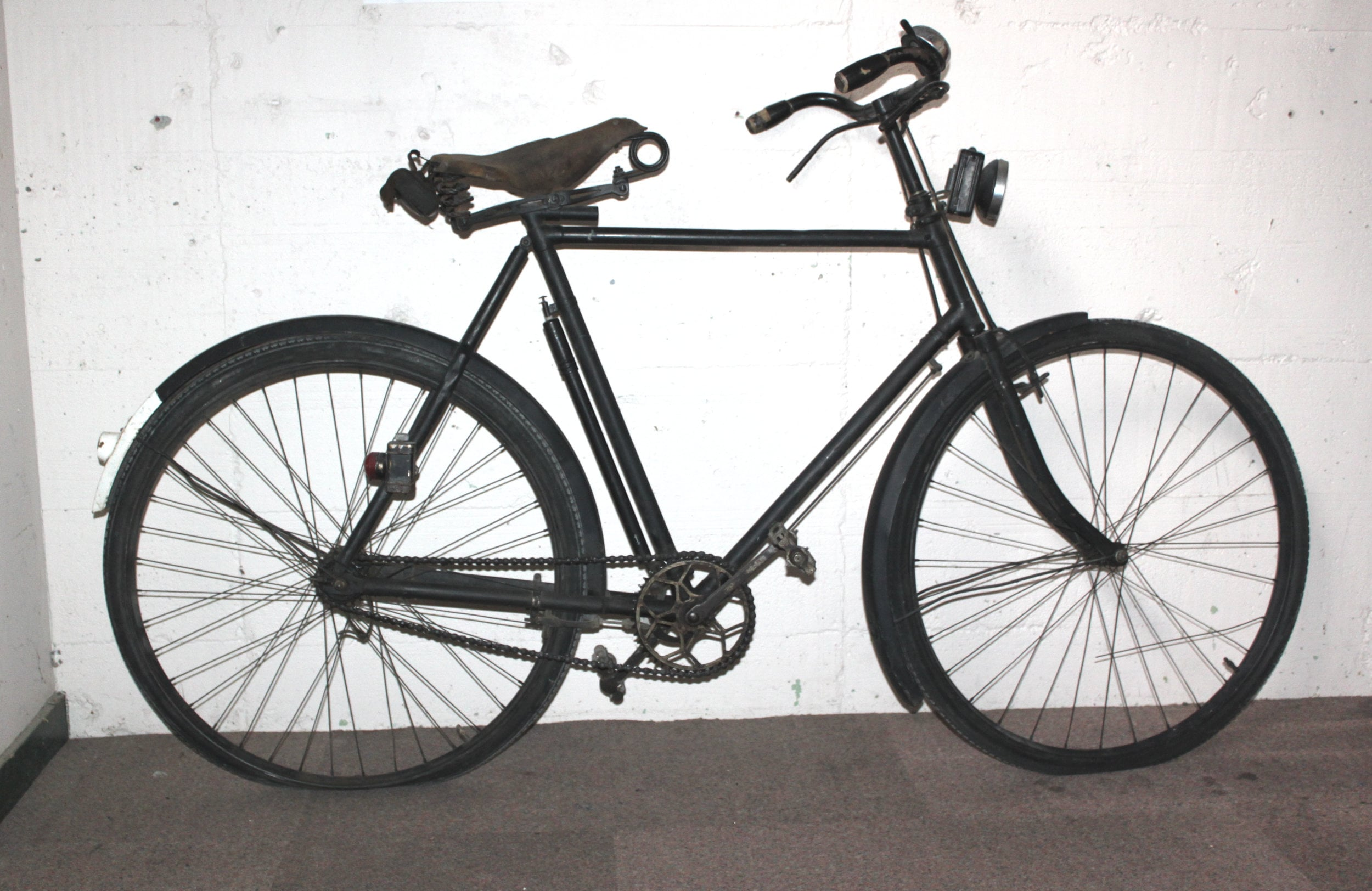 """B.S.A. (Birmingham Small Arms Company)"" brand bicycle. 1914-1918"