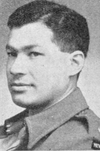 Figure 5: Major Hamuera Paul Te Punga, circa 1943. Source: Auckland Weekly News, 29 November 1944, pg. 26, reference: AWNS-19441129-26-1. Accessed 27 October 2016     URL:      http://www.aucklandcity.govt.nz/dbtw-wpd/HeritageImages/index.htm