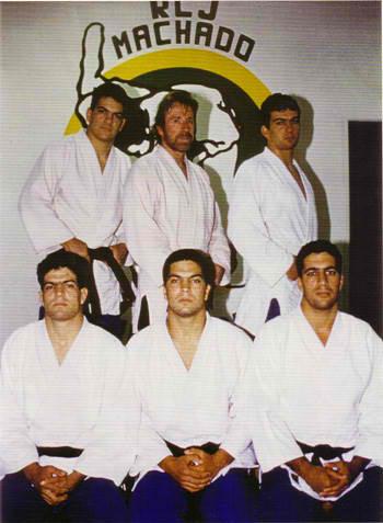 machado-brothers_chuck-norris.jpg