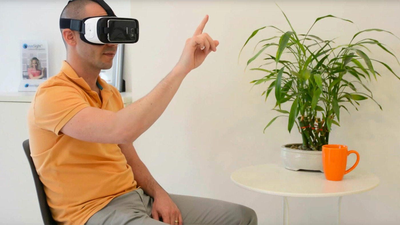 eyesight-gesture-control-phone-vr.jpg