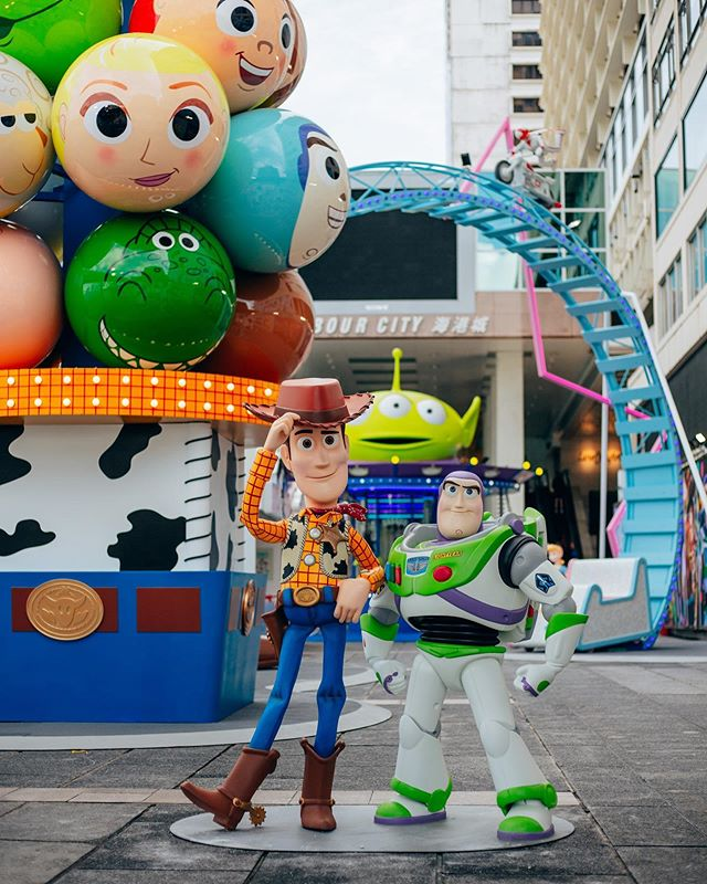 'Toy Stories at Harbor City' . So excited to see this unveiled in Hong Kong, I always love getting to work on these projects and they never cease to amaze me by what they can pull off. Check out the #harbourcity posts to see the carnival games, attractions, and a killer giant claw game in action. #toystory4 #hongkong #harbourcity