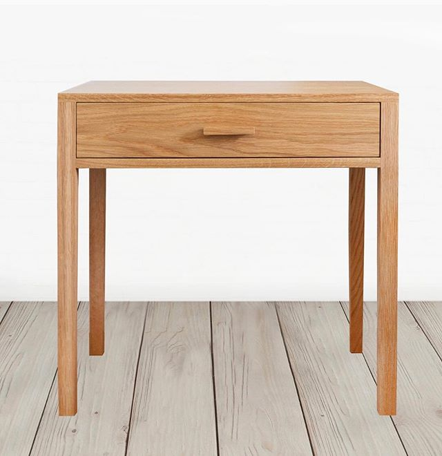 Our solid oak nightstand is made here in Los Angles ☀️ free pick up available for those in the area