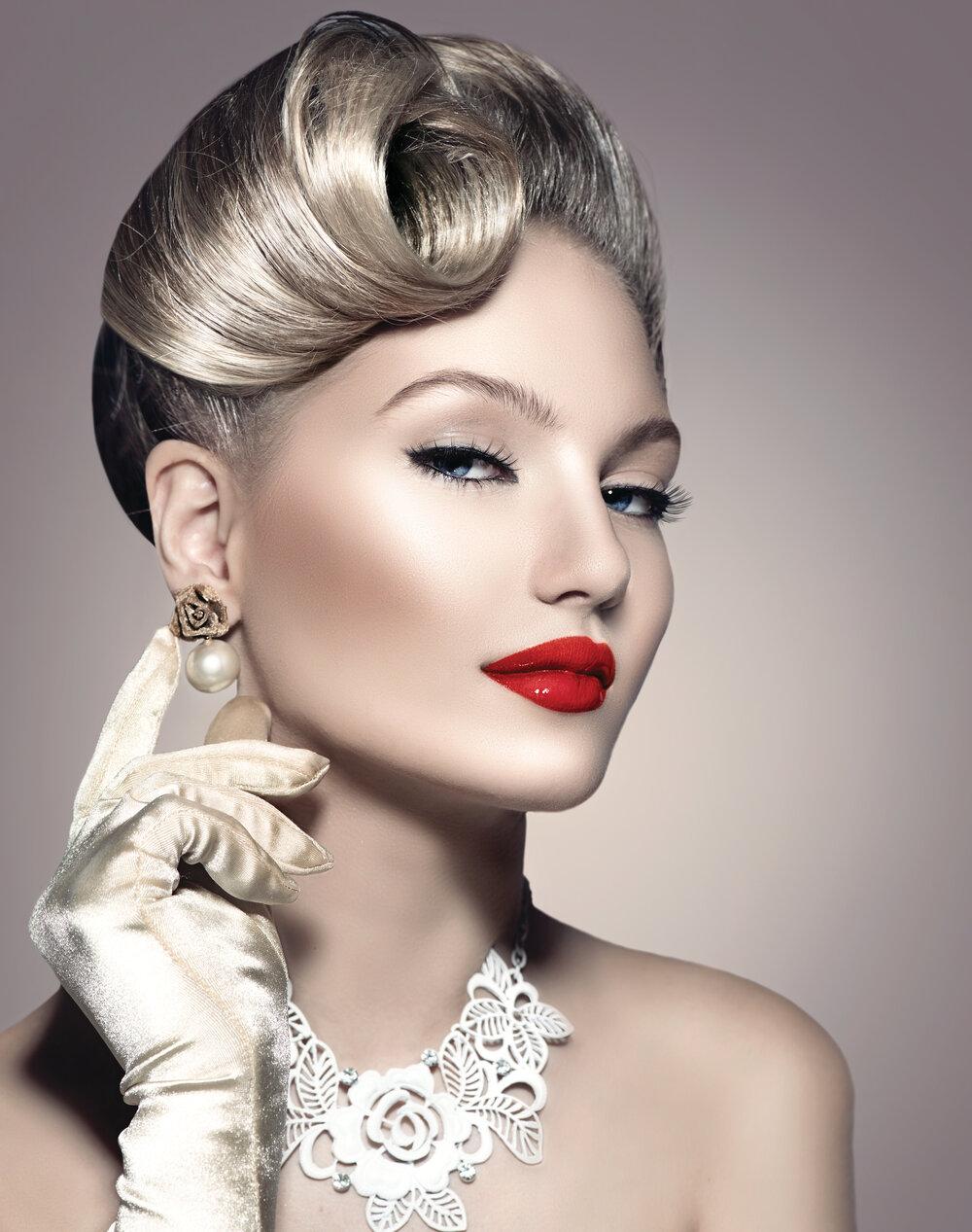 Beauty Bridal Makeup Work August