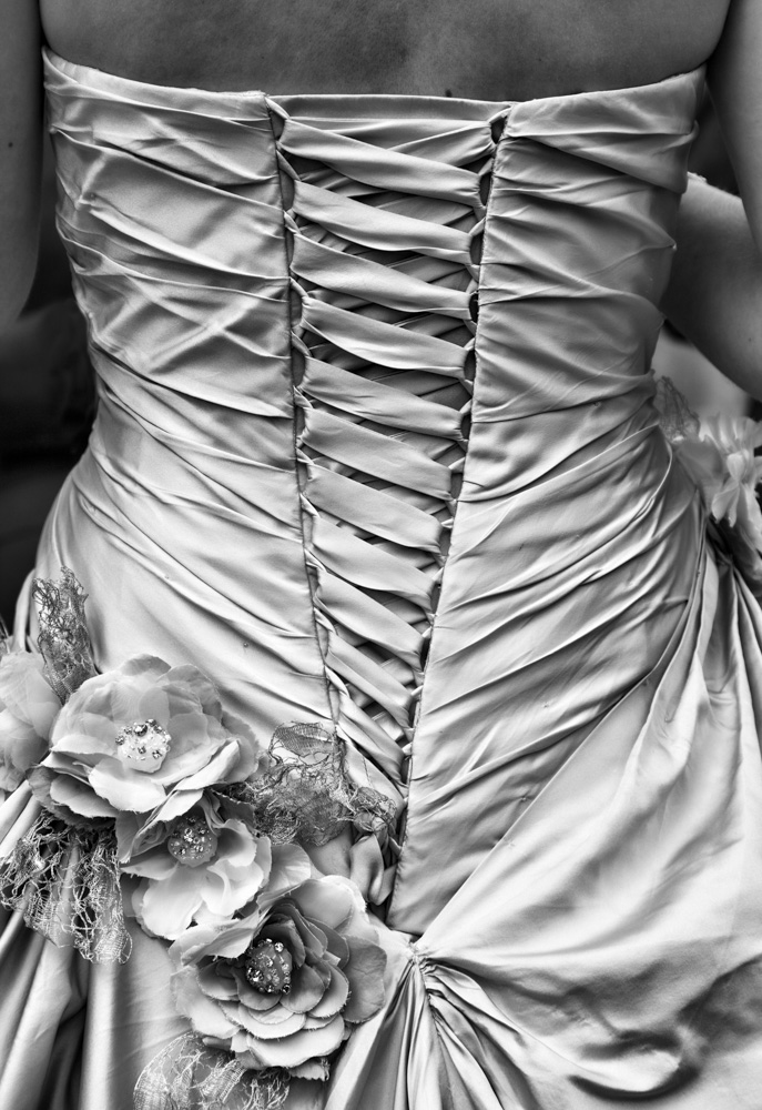 day_217_c5d2_2012_wedding_emma_0202.jpg
