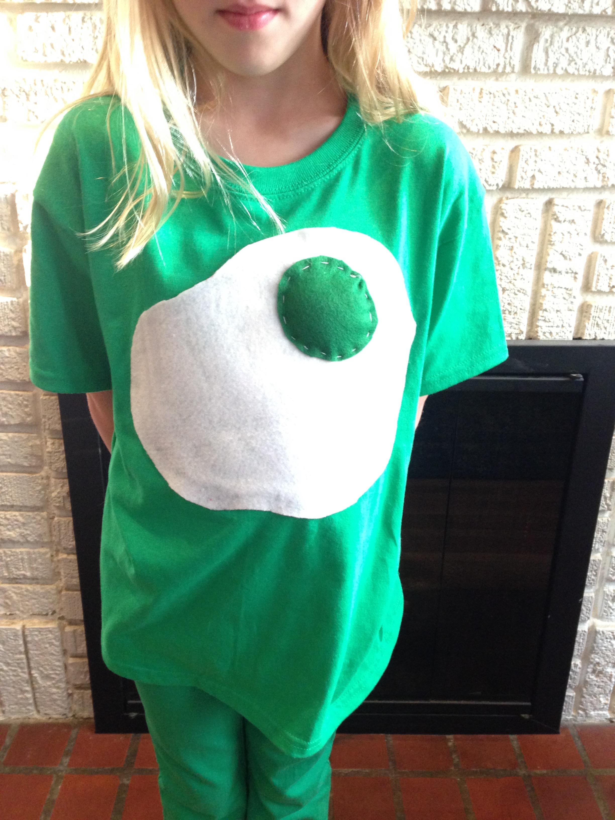 Green Eggs and Ham Shirt DIY