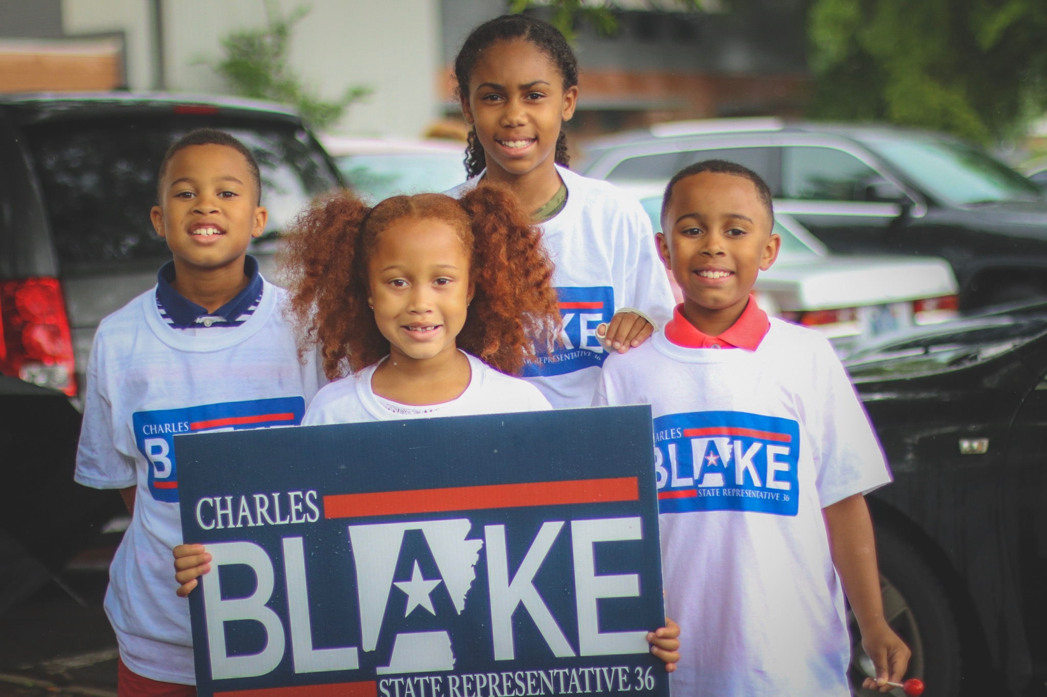 Charles III, Elizabeth, Chloey and Ari supporting their dad on election day.