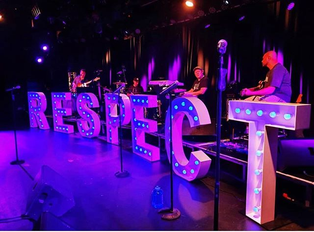 SOUND CHECK at our Twin Towns Show last night ... R.E.S.P.E.C.T 👊🏽 #respect #respectshow #soundcheck #angie #angienarayan #aretha #arethafranklin #twintowns