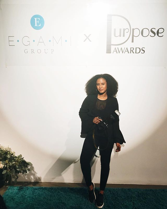 Being a photographer is great. I can strategically use my extra large camera to cover my gut when posing. 😏👩🏾‍🎨#CraftyJawn #TrickedYa 😂 • But anyway.. last night was freaking amazing! Had the opportunity to shoot @egamigroup 10 year celebration and purpose awards. I always leave Egami events wanting to push myself harder and truly focus on realigning with my personal purpose. Forever grateful to work with such a powerful, innovative group of people!! Love y'all forreal. Thanks for always believing in me and trusting me to get the job done. ❤️😘 #egami10yr #jasminealstonphotography