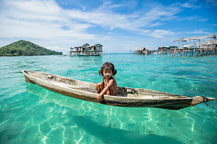 Sea-Gypsies 02.jpg