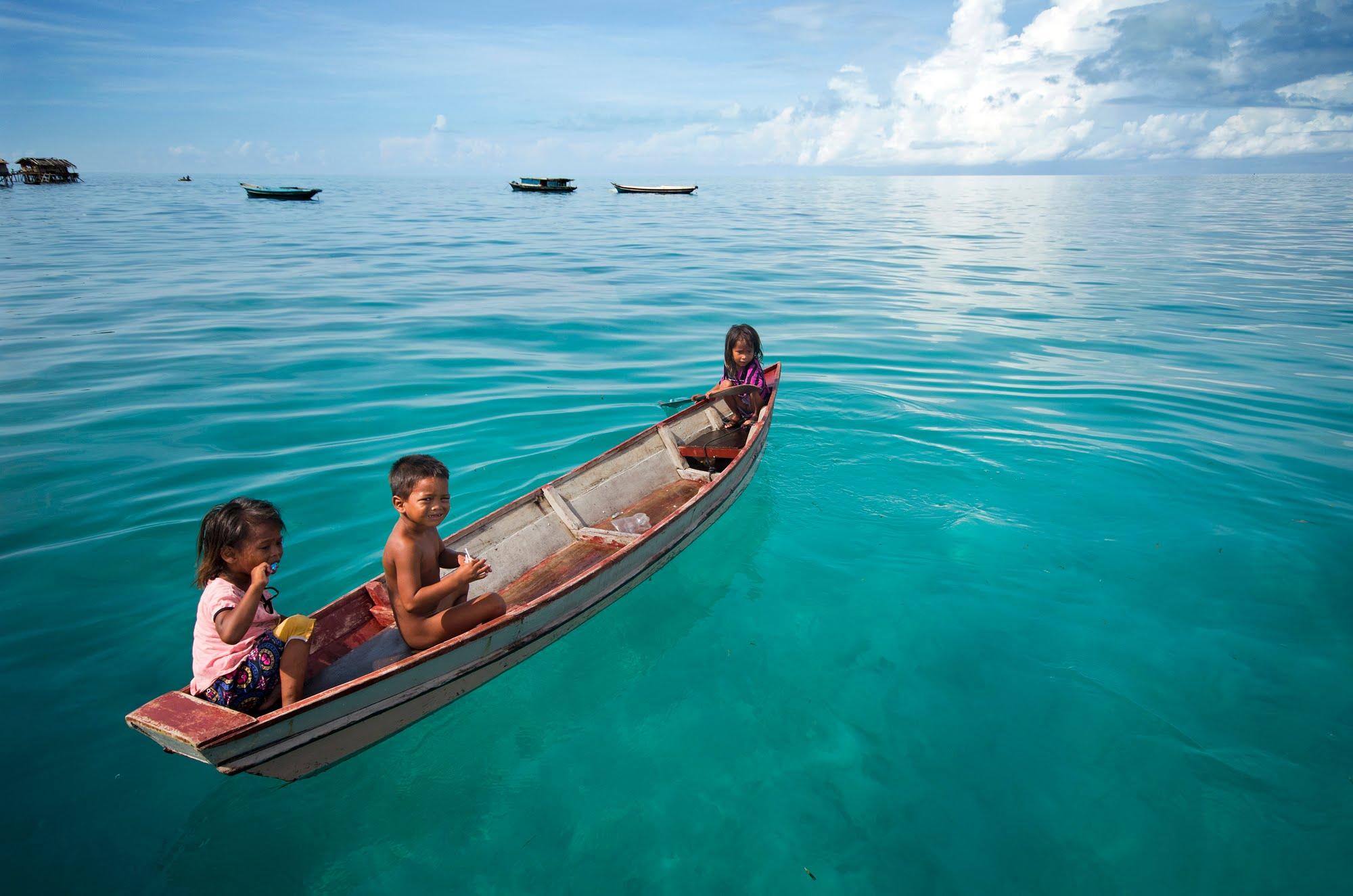 Sea-Gypsies 04.jpg