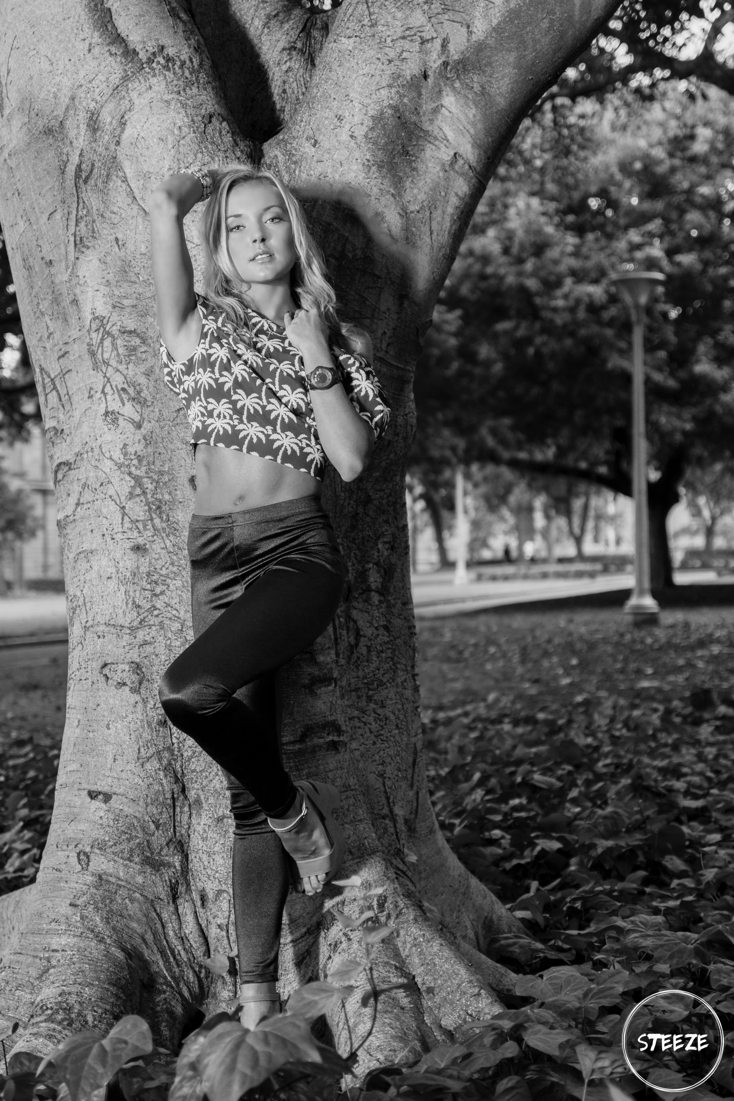 Holly Theissen (4).jpg