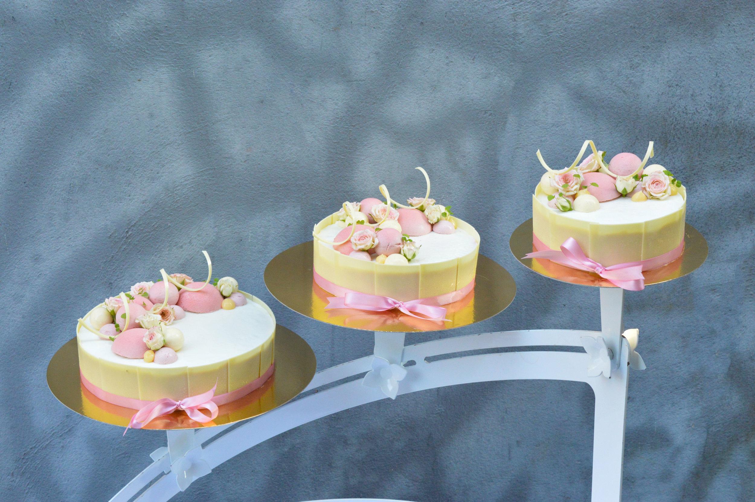 Bröllopstårta 5.jpg
