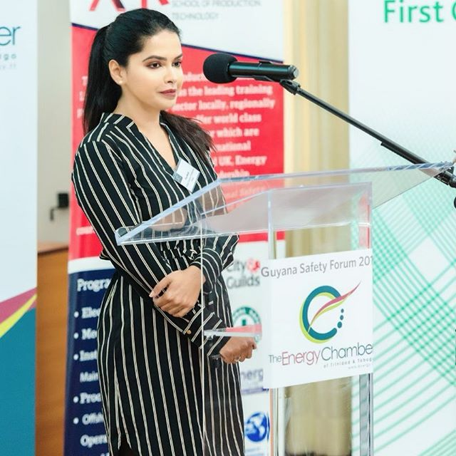 Priya Marajh, Vice President of Advocacy and Member Engagement, formally closing the Guyana Safety Forum 2019 which was recently hosted by the Energy Chamber. #energy #energynow #robustsafetyculture #energychamber #energychambertt