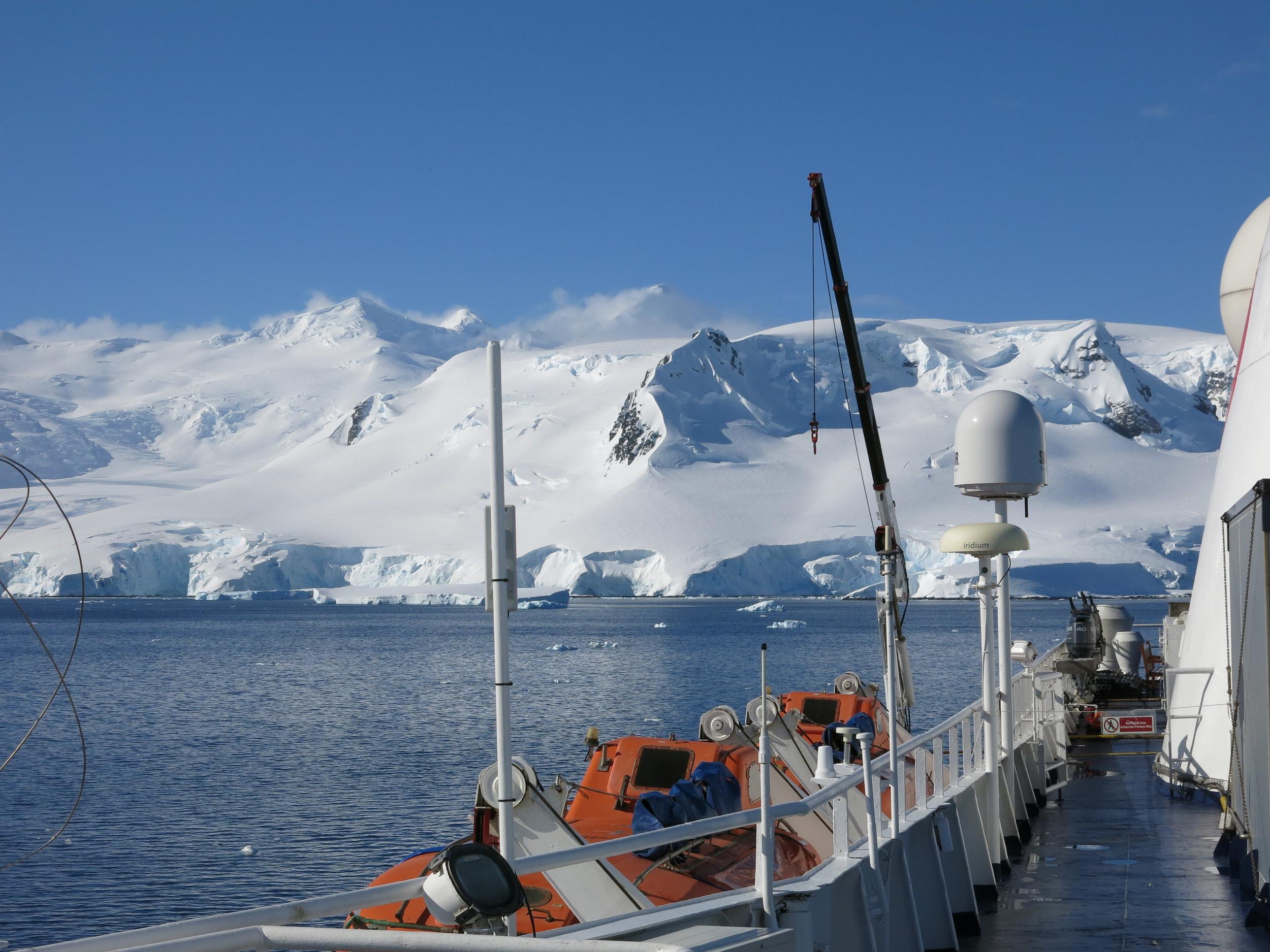 """The """"Farm"""" Antarctic Peninsula"""