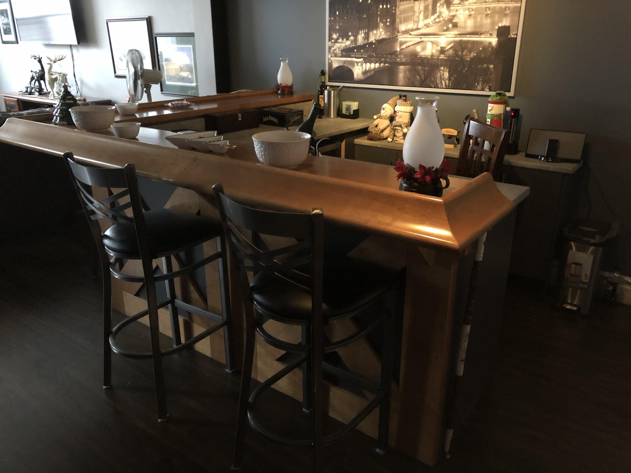 Custom Bar 2