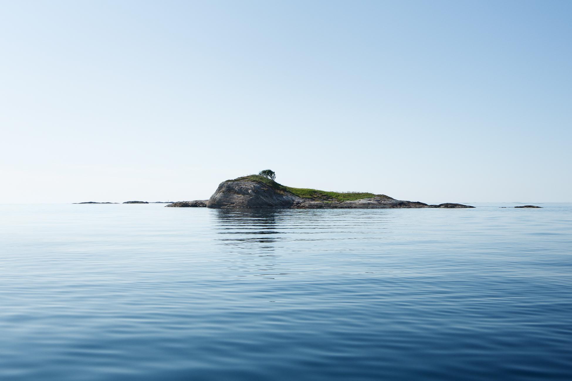 Islands II, 2014 //  120 cm x 180 cm