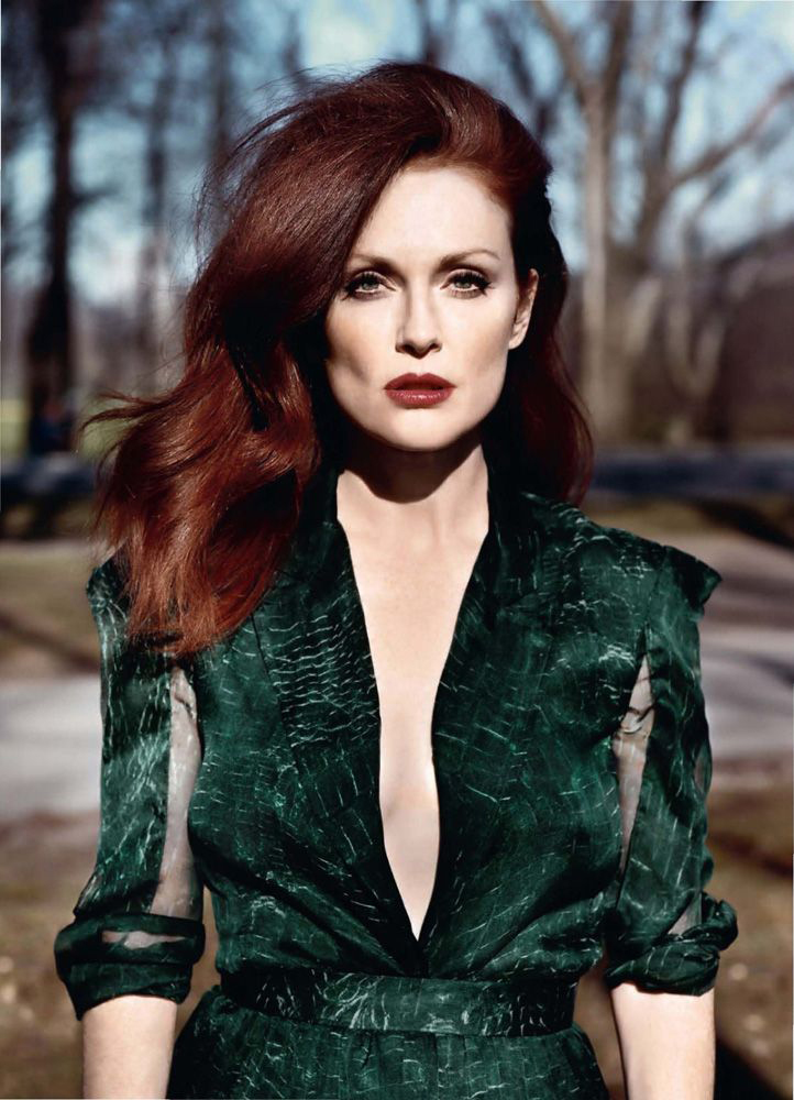julianneMoore.jpg