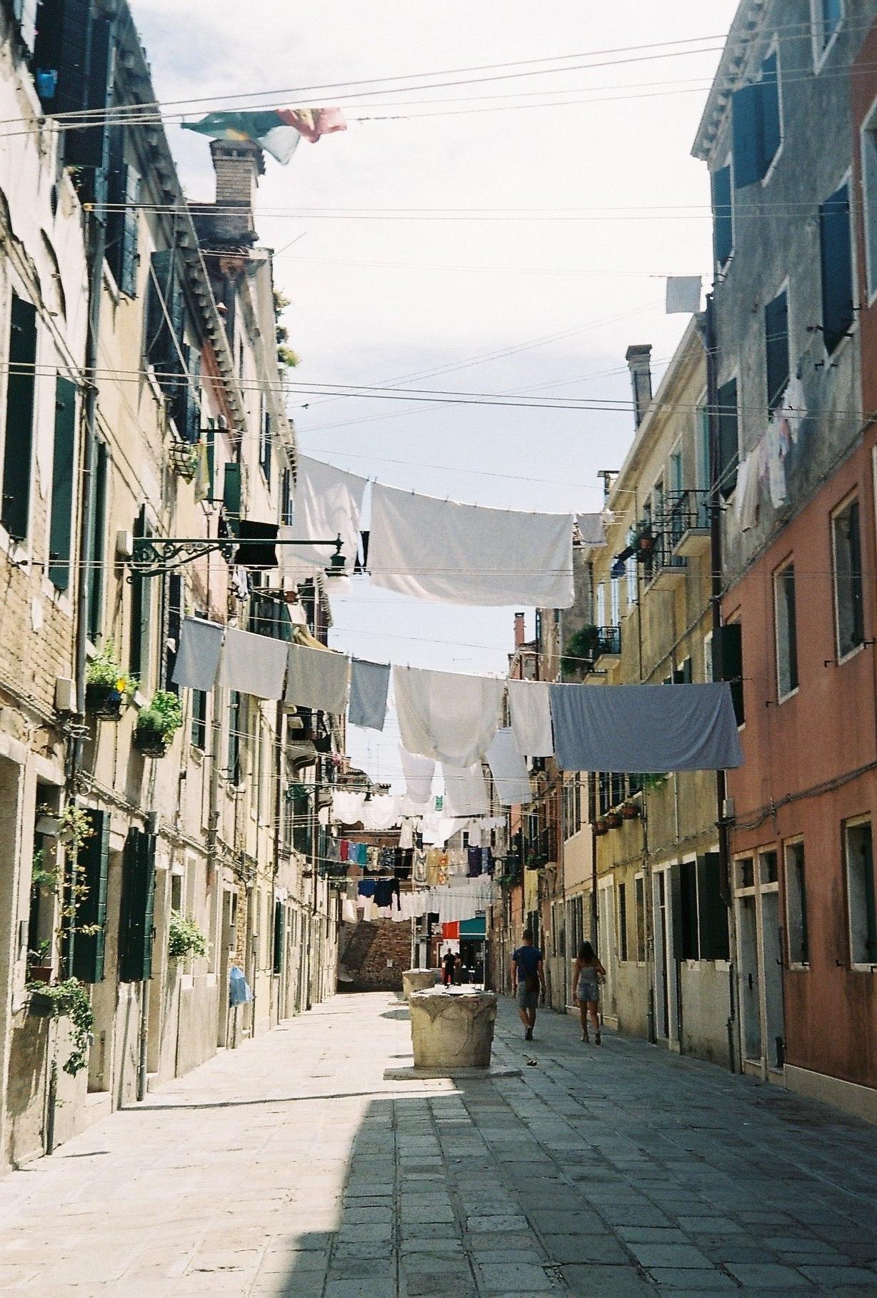 Venice_Washingline.jpg