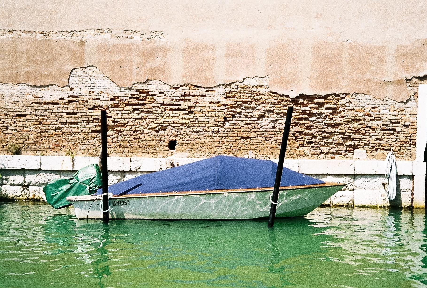 Venice_Boat.jpg