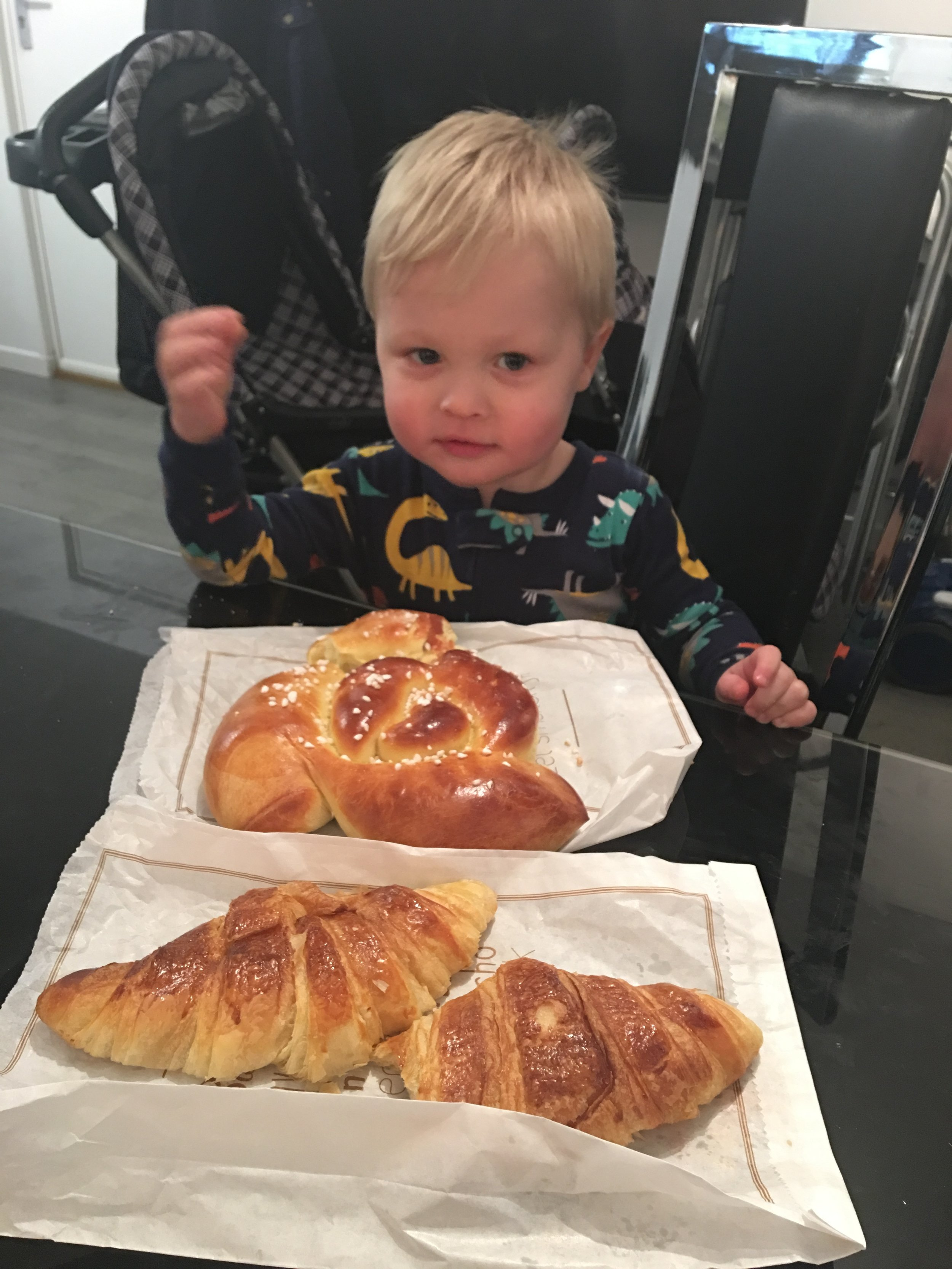 Bedhead and bakery bread
