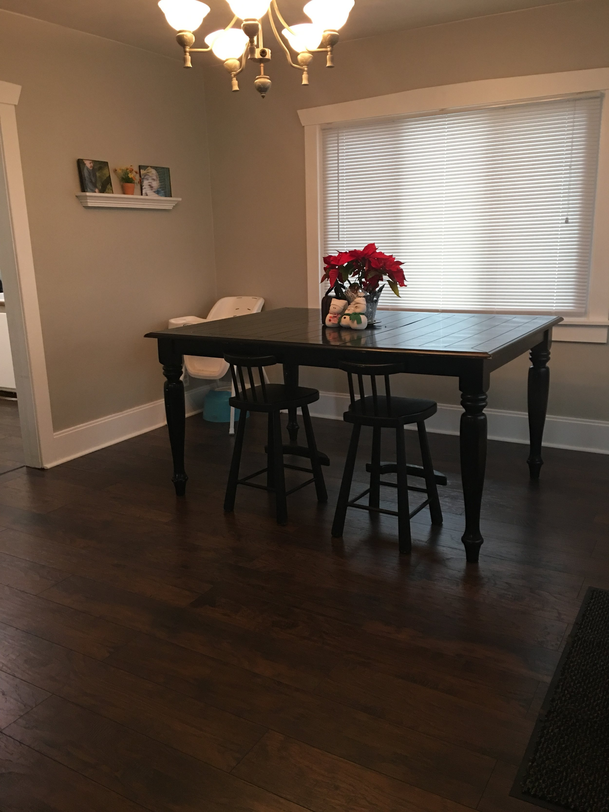 West side: Table and chairs from KSL for $20