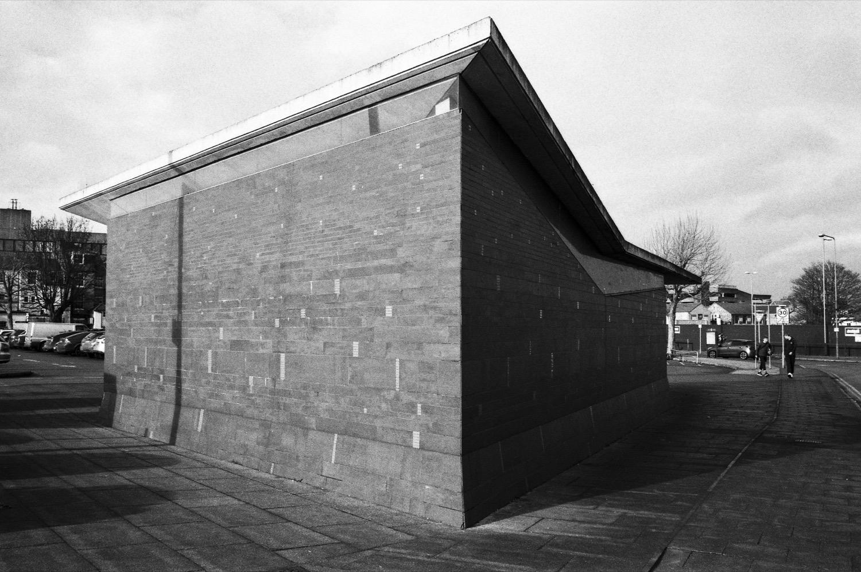 Public Toilets by Plastik Architects
