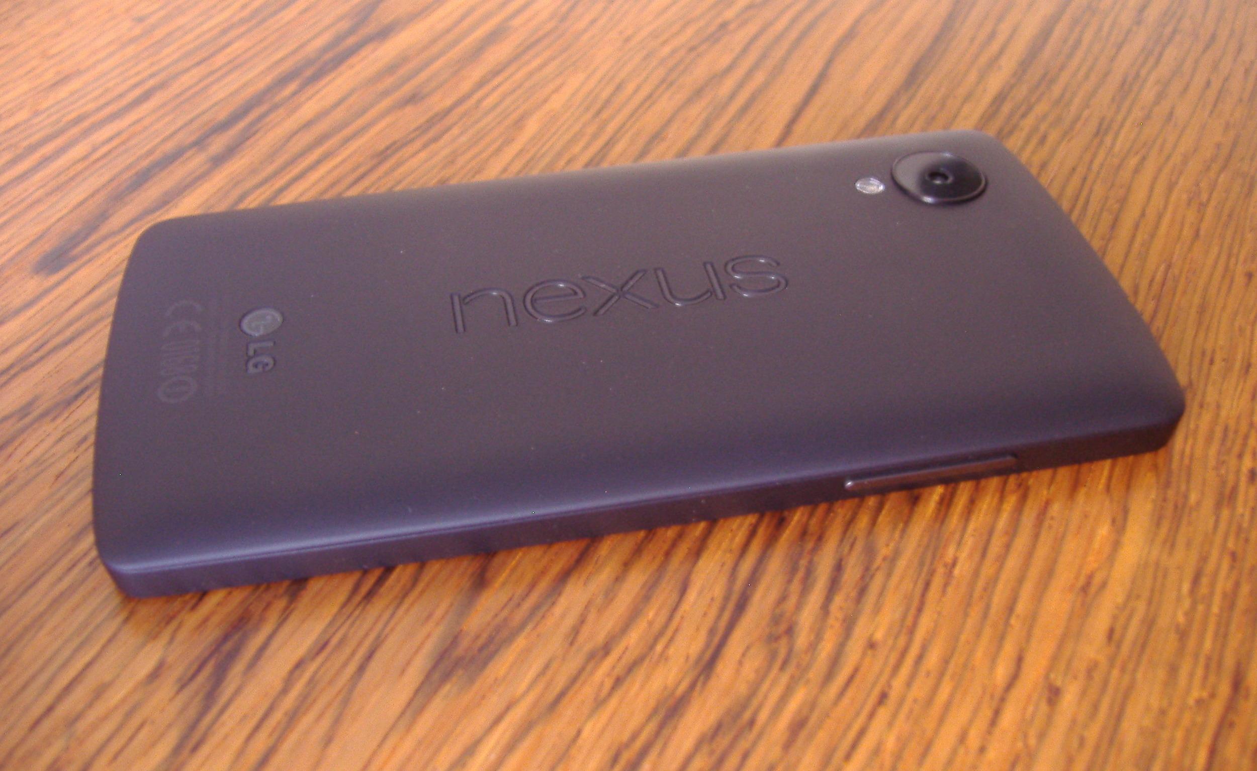 Nexus5back wide