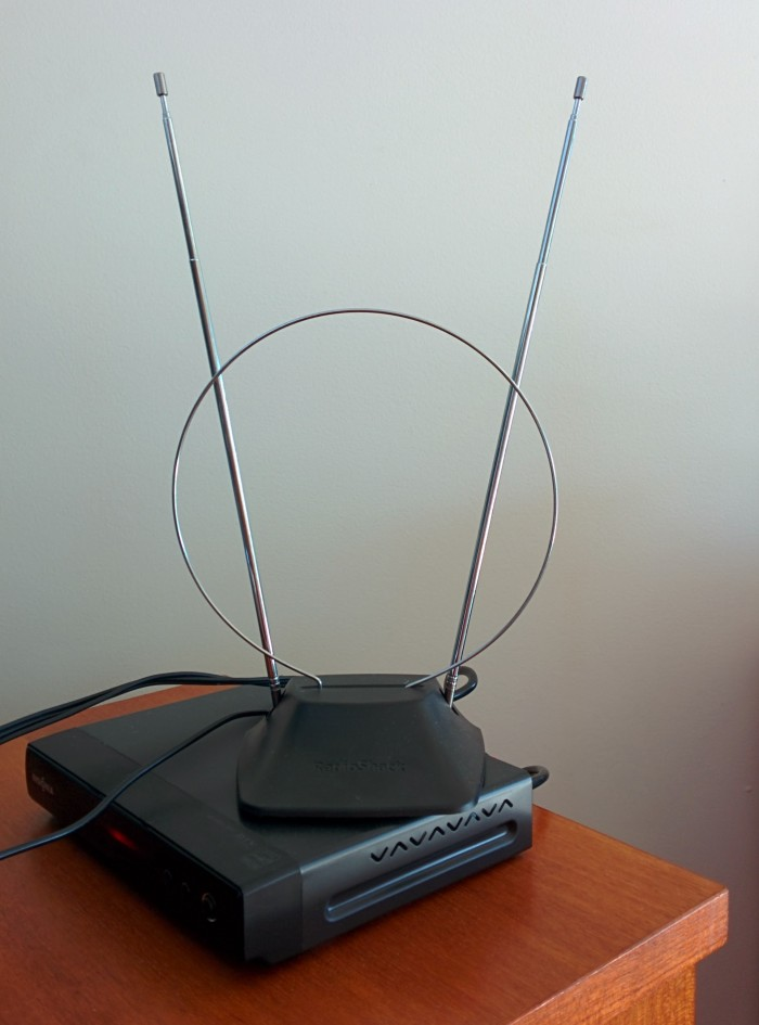 An antenna is a great and affordable cable TV alternative