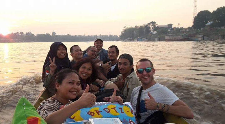 Part of our team heading into the field via speedboat at the start of our new expansion in the Heart of Borneo