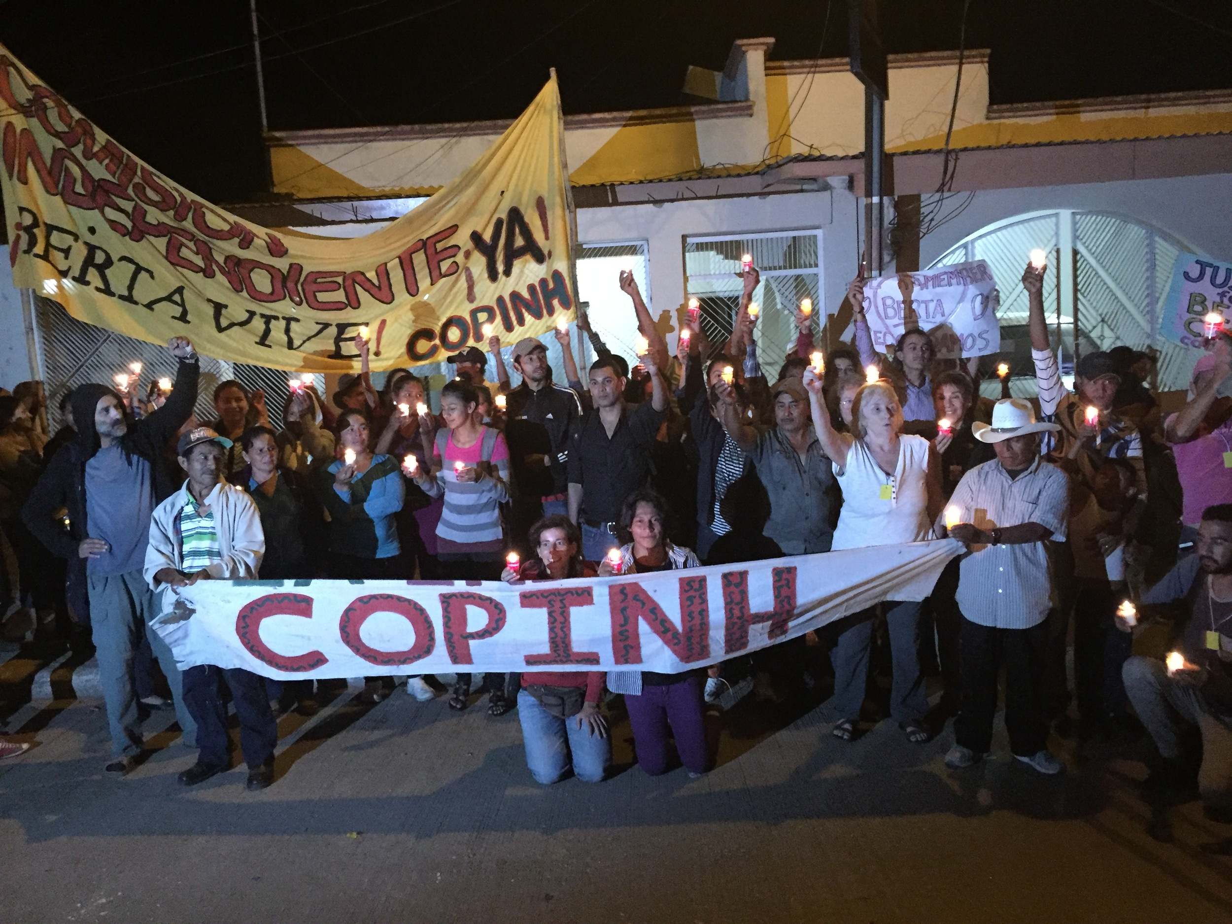 On July 2, the 4th anniversary of the assassination of Berta Caceres, we joined the Civic Council of Indigenous and Popular Organizations of Honduras (COPINH) outside of the Public Prosecutor's office in La Esperanza. They were demanding justice for Berta's death.