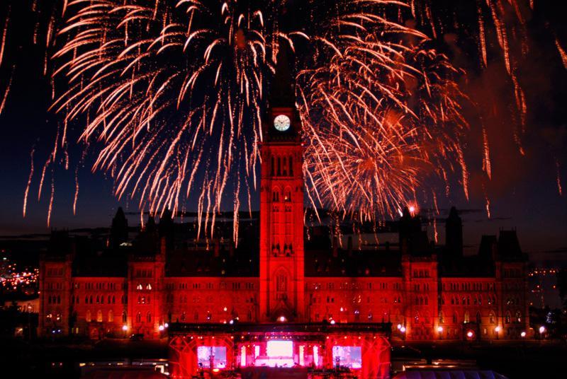 canada_day_fireworks_parliament.jpg