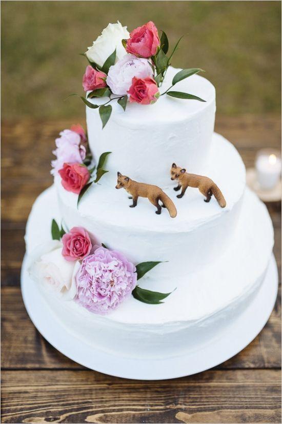 White Wedding Cake with foxes