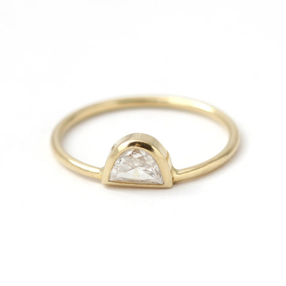 Half Moon Ring Artier