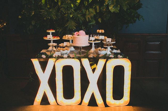 XOXO Marquee Letters