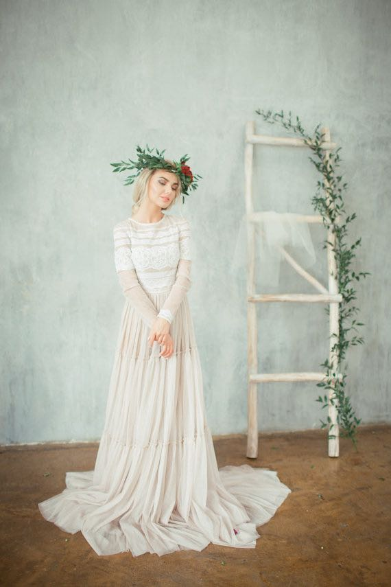 Ultra Vintage Wedding Dress with Long Sleeves