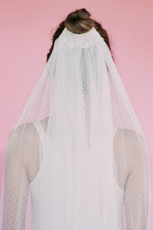 TAMARINDO veil bebas closet back view.jpg