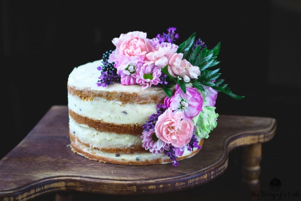 Semi-Naked Single Tier Wedding Cake with Flowers