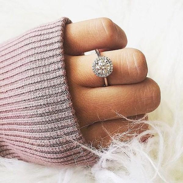 Blue Nile Round Diamond Engagment Ring