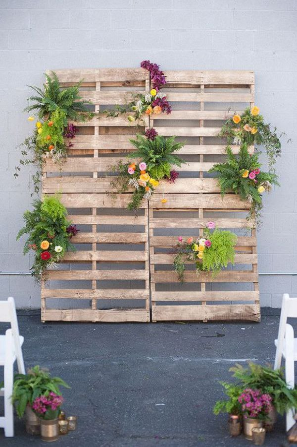 DIY Wood Pallets with Flowers