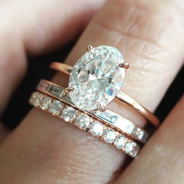 Aura Oval Engagement Ring in Rose Gold