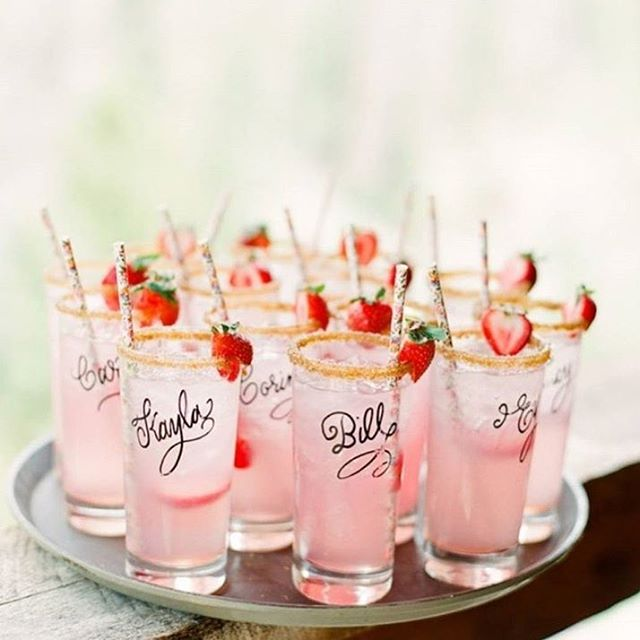 Pink cocktails are always in style! 💖 inspiration via @cassidybrookee and @ashleynicoleevents . . .  #bohowedding #bohemianwedding #wedding #instawedding #cocktails #pink #shooters #cute #weddinginspo #weddinginspiration #weddingideas #weddingblog #follow #thebohemianwedding