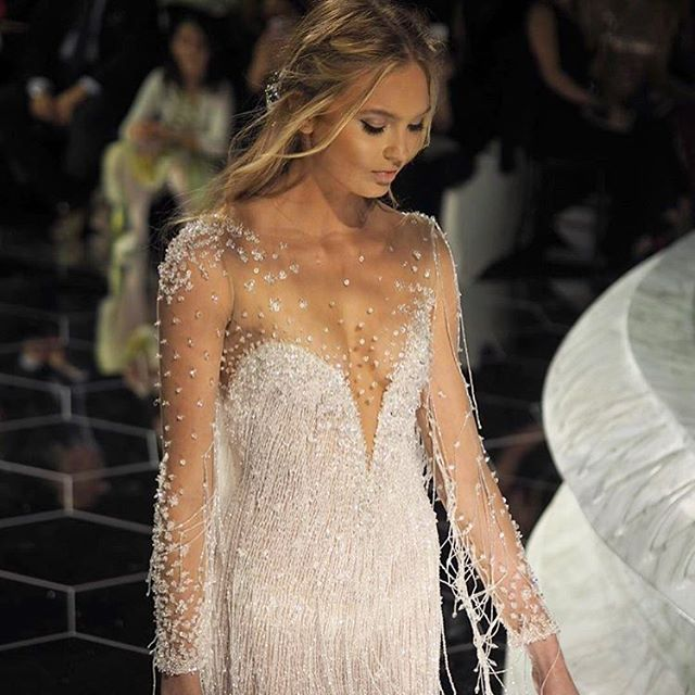 These embellished gowns have stolen our hearts! 💖❤️💖 Have a look at out blog post for more inspiration. Link in profile. Photo via @lovemydress and dress via @pronovias . . . #bohowedding #bohobride #wedding #weddingdress #weddinggown #weddingstyle #weddinglook #embellishment