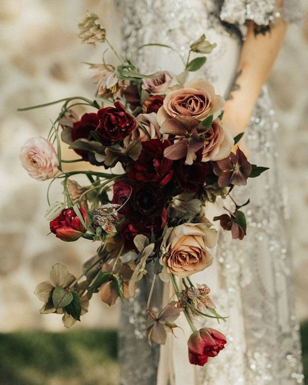 Stunning Autumn Bouquet with Roses
