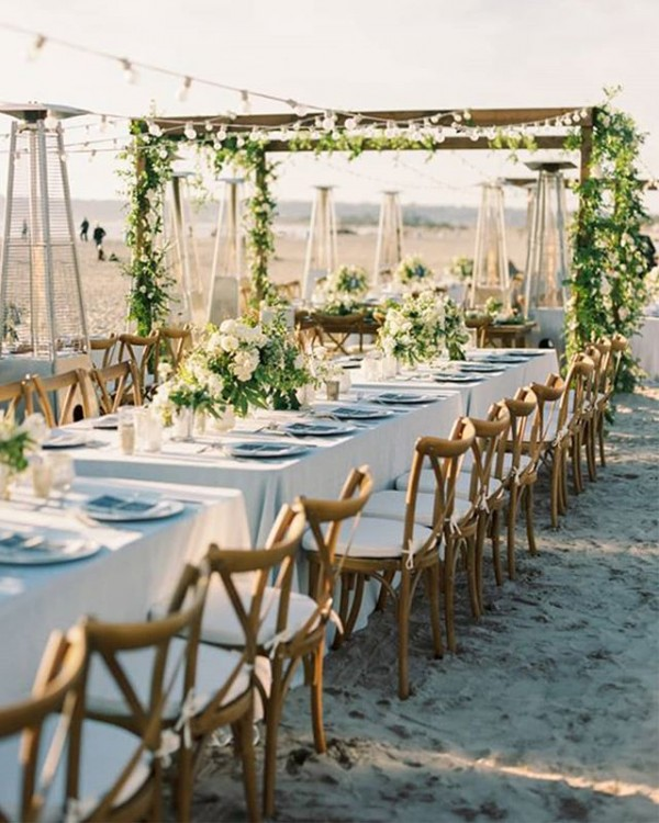 Outdoor Dining with Botanical Details