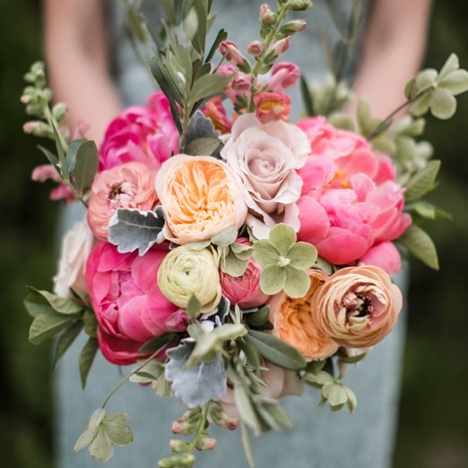 Spring makes us want to celebrate with gorgeous floral bouquets! Check out our new blog post 'Top 10 Spring Floral Wedding Bouquets' for some divine ideas for your wedding this season!! Flowers for days! 🌷🌸 🌷🌸 Inspiration via @aliandjulie @xohellodarling @ajubileeevent . . . . #bohowedding #weddingflowers #weddingbouquet #springwedding #weddinginspo #weddingflorals #weddingblog #thebohemianwedding