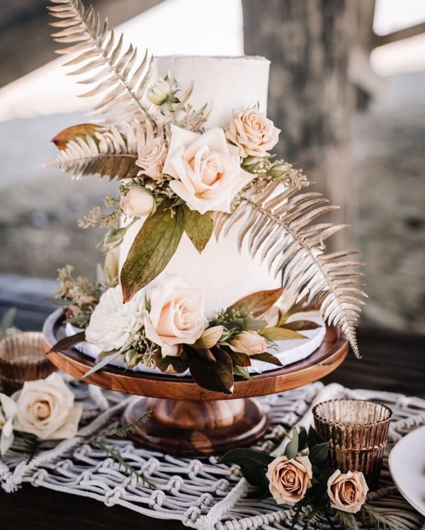 White Floral Wedding Cake.