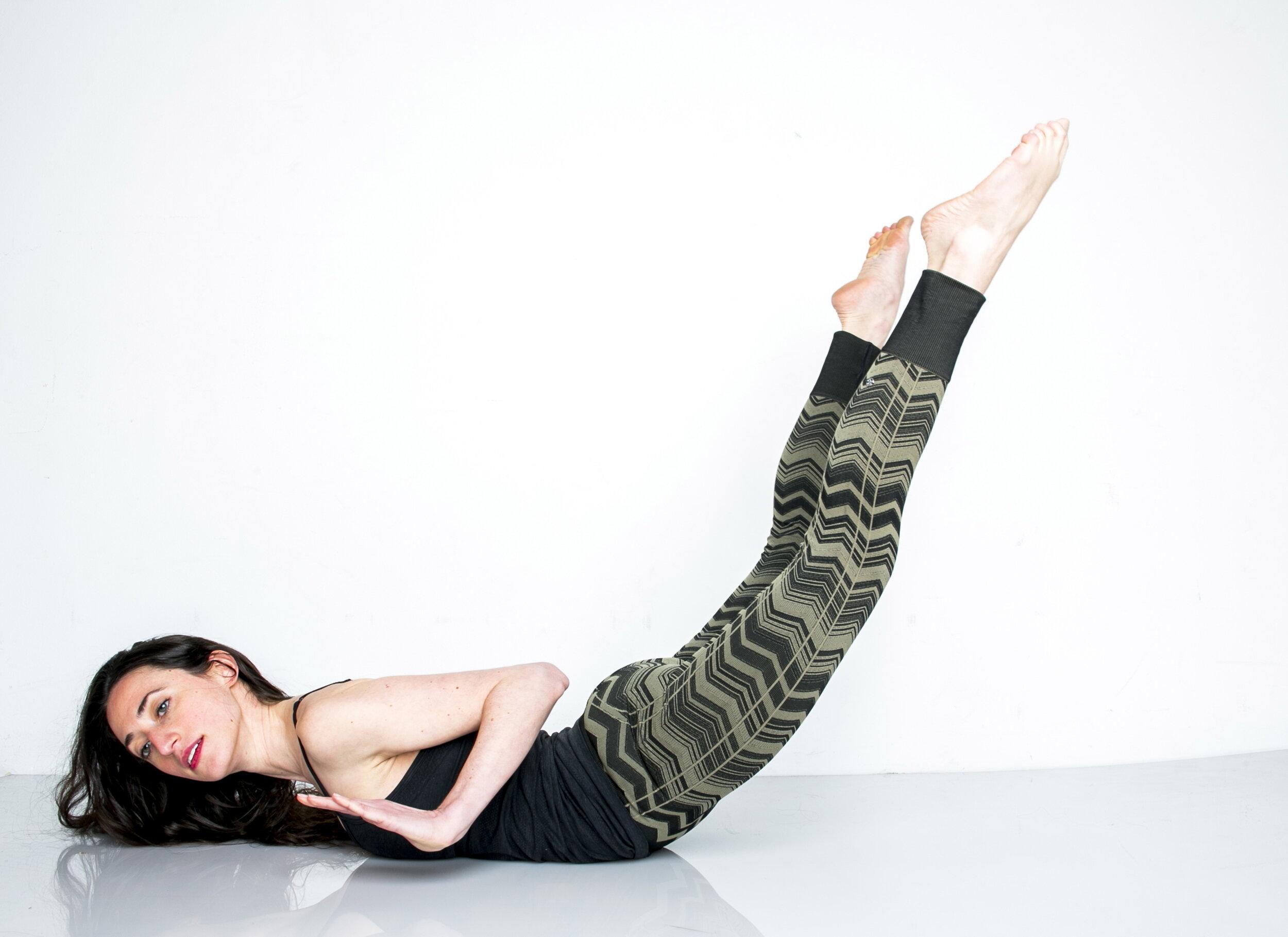150420_STUDIO_DanielleRusso_Pilates_Headshot-380.jpg